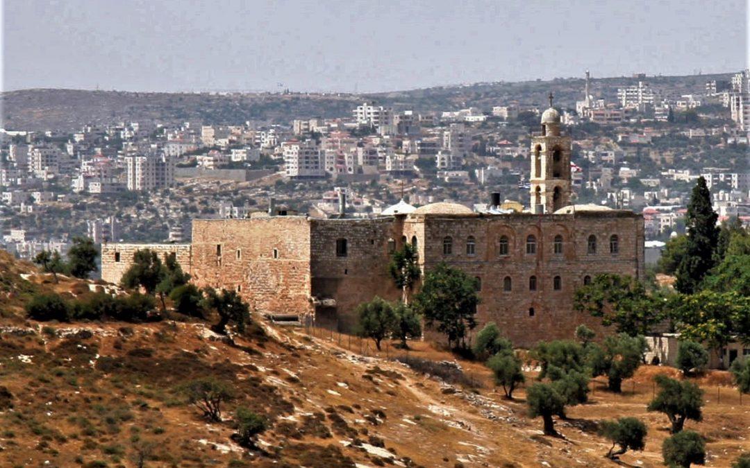 Un battesimo greco-ortodosso a Gerusalemme
